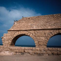 Je dovoleno platit daně? Je dovoleno je neplatit? A co dobrého nám přinesli Římané?