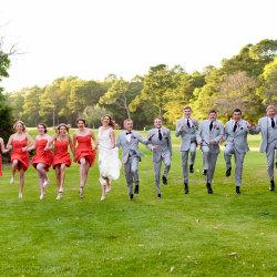 Krabička poslední záchrany – svatební šaty sbalené na cesty