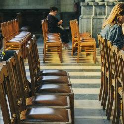 Křesťanské aplikace: Co všechno můžu mít v mobilu?
