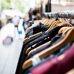 Nápady, co s přebytečným oblečením?